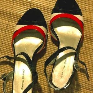 Retro style Bandolino Patent Wedge Sandal - Size 9